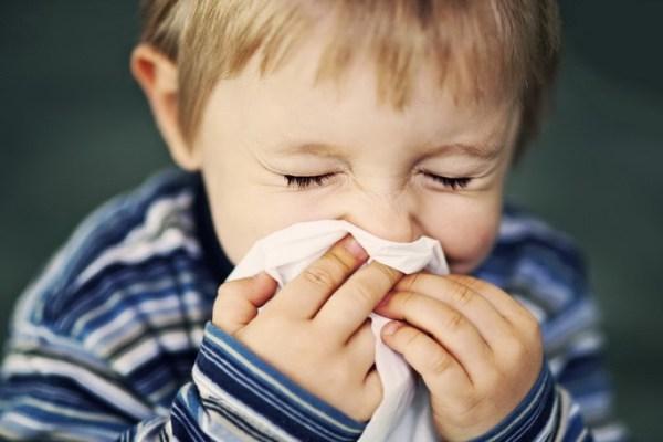 Тонзиллит у детей – виды, симптомы и методы лечения